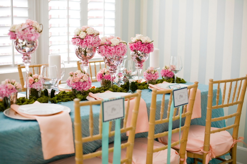 Wedding Flowers In Vases : Summer wedding flowers theflowerpost